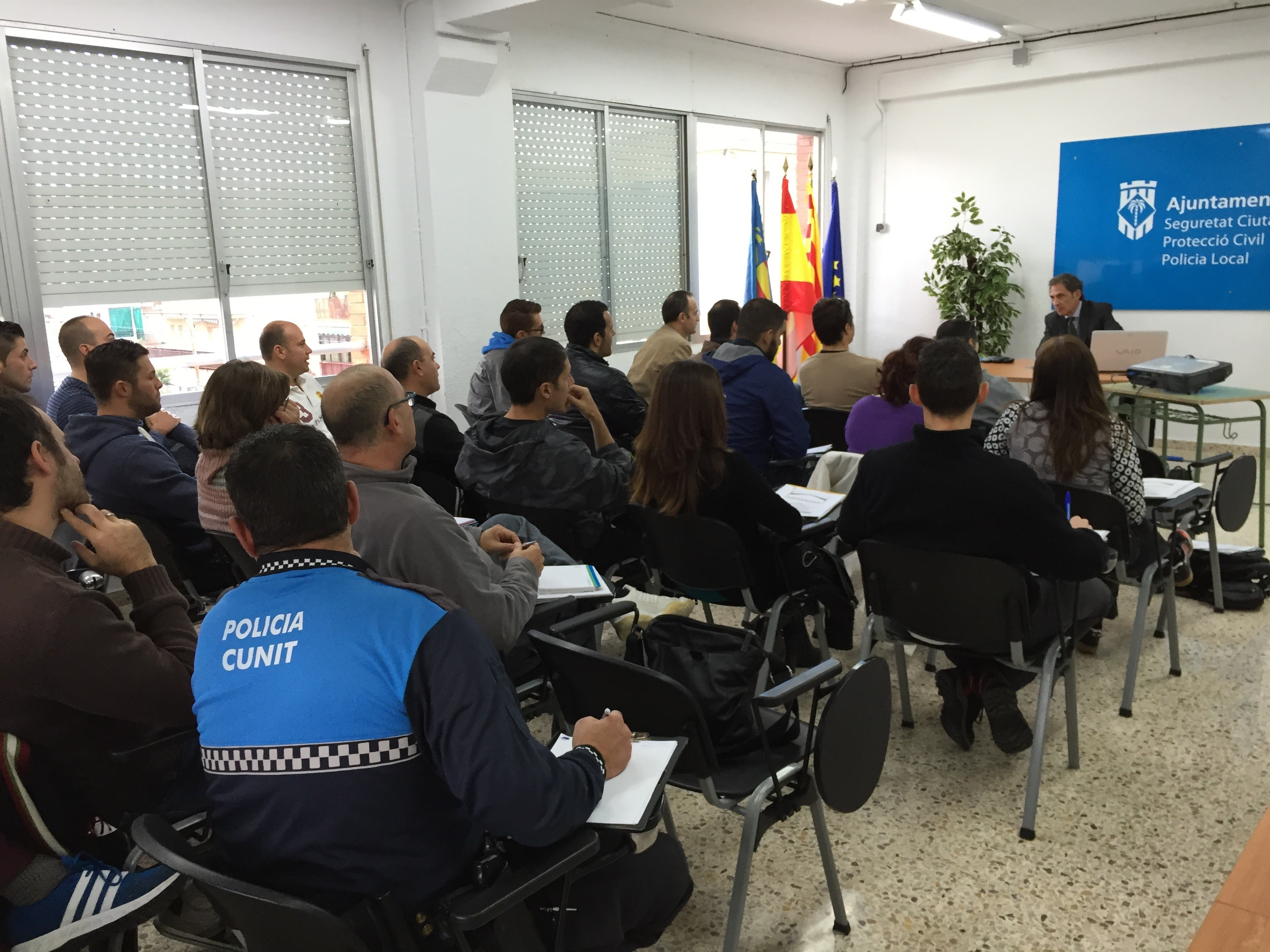 OFESAUTO ATTENDS AS SPEAKER A COURSE ABOUT COMPULSORY INSURANCE AND INTERNATIONAL TRAFFIC OF MOTOR VEHICLES IN THE LOCAL POLICE OF CUNIT (TARRAGONA)