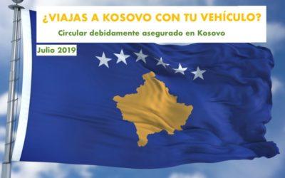 Circular por Kosovo debidamente asegurado