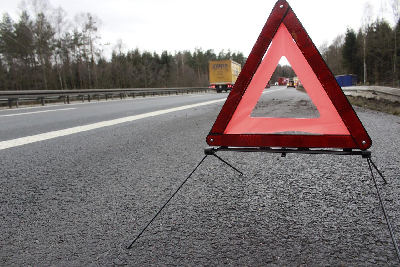 triangulo señalizacion accidente en el extranjero